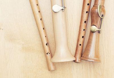 Holzblasinstrumentenerzeugung_466086284 - HolzblasinstrumentenerzeugerIn