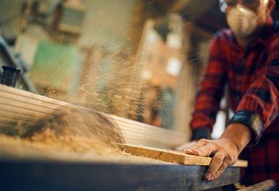 Holztechniker_497303323 - HolztechnikerIn (Modullehrberuf)