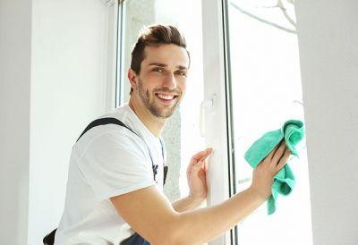 Reinigungstechniker_609977417 - ReinigungstechnikerIn