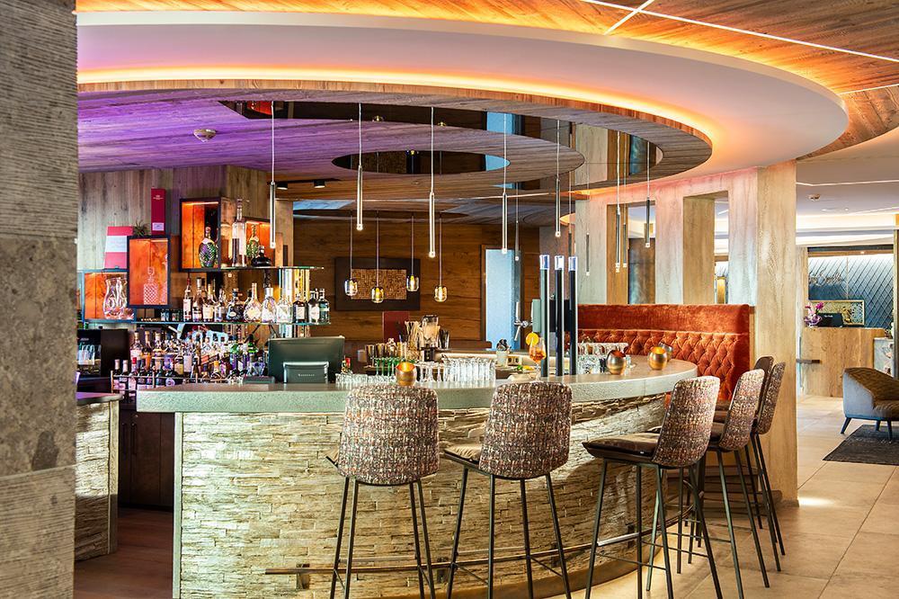 Bar-9HotelTuxerhofKarrieremitLehreTirol